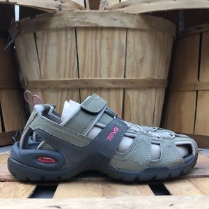 Teva Forebay Sandals (Waterproof)
